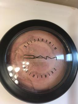 Mac Mineralize SkinFinish LIGHT YEAR New No Box AUTHENTIC Br